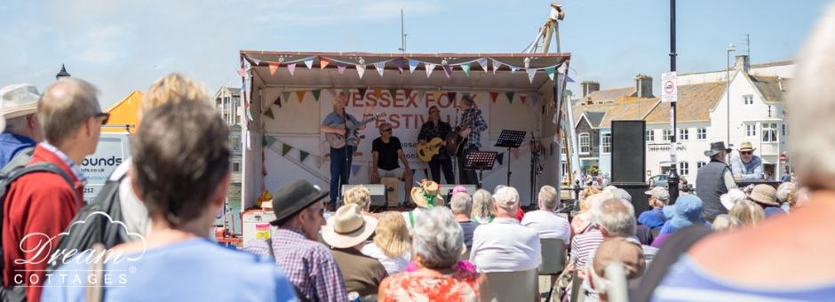 Wessex Folk Festival scene