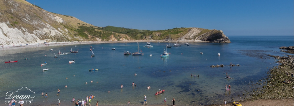 11 Best Beaches in Dorset Lulworth Cove