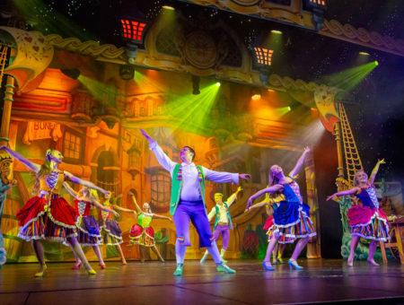 Pirates of Pavilion show