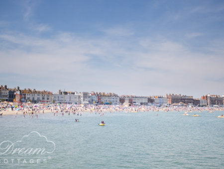 11 Best Beaches in Dorset - Weymouth beach (2)